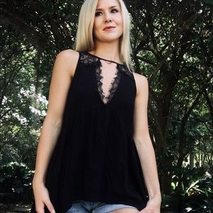 """BKE""Black Lace Blouse Tank"